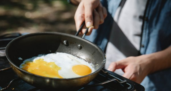 How to Reheat Fried Eggs
